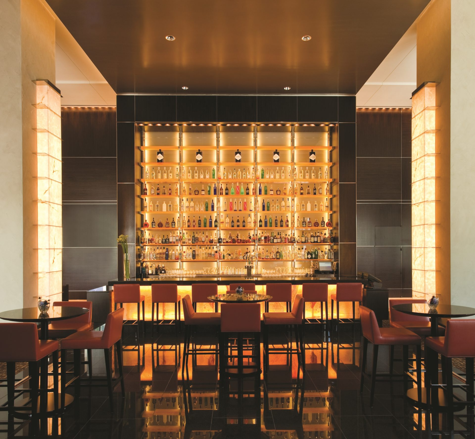 Loews Atlanta Hotel lobby bar