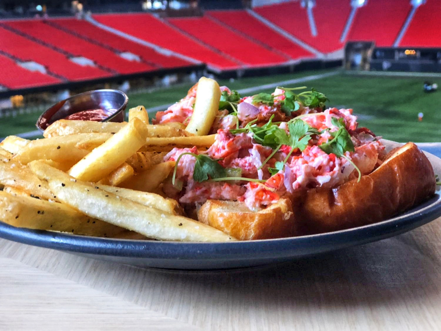 Molly B's Lobster Roll