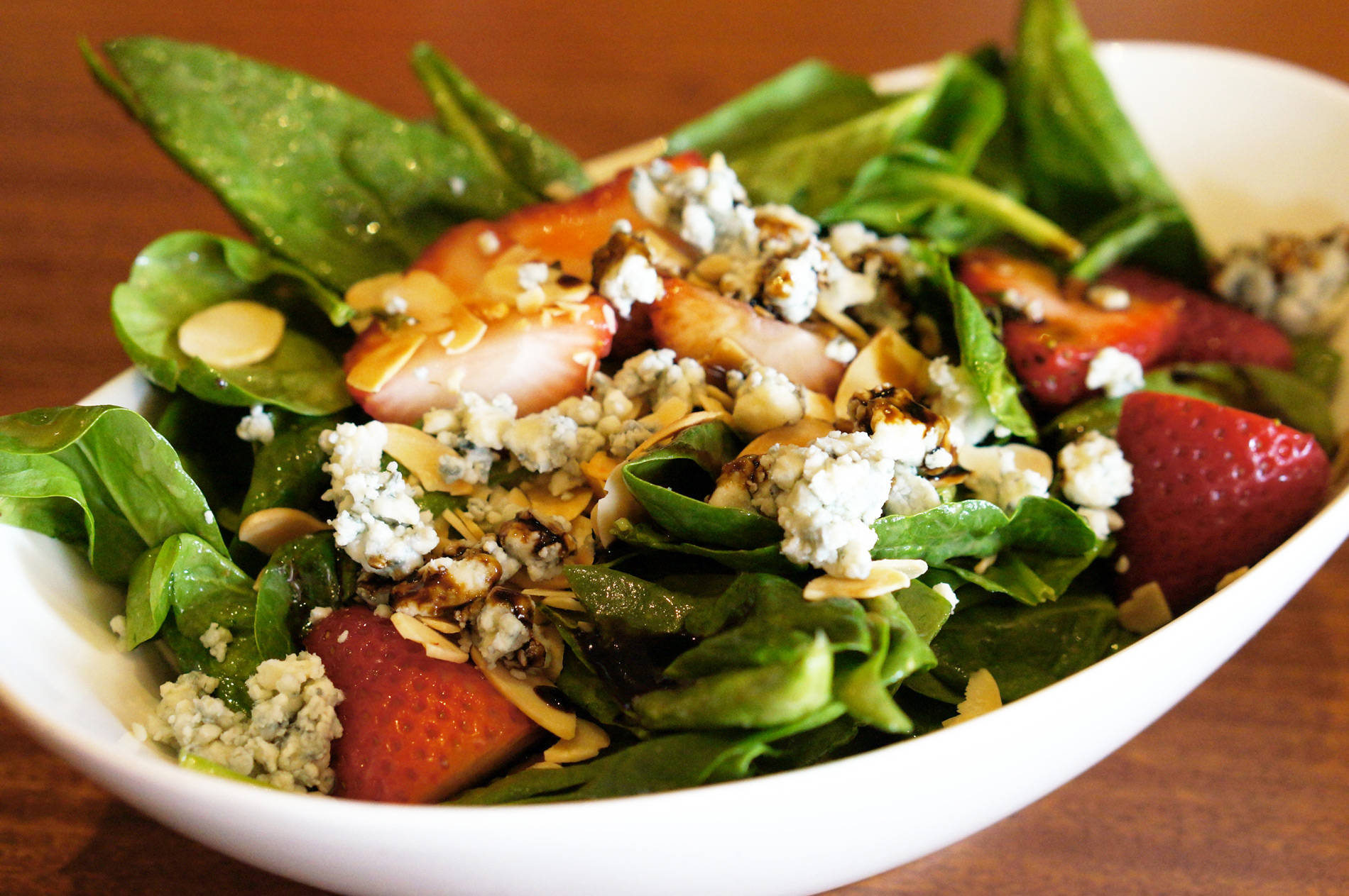 Seasons 52 Spinach & Strawberry Salad